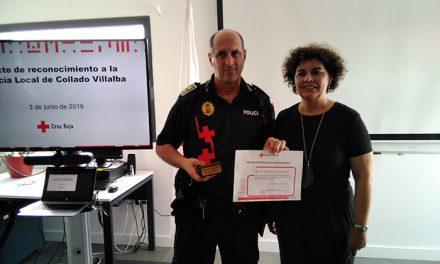 Cruz Roja premia a la Policía Local de Collado Villalba
