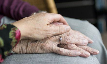 La Comunidad incrementa la atención a las personas con discapacidad y a los mayores dependientes