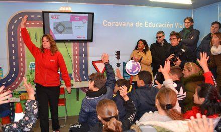 Niños y jóvenes de Collado Villalba aprenden normas básicas de seguridad vial