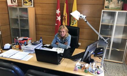 La alcaldesa de Collado Villalba se reúne con los directores de los colegios de Primaria de Collado Villalba y las AMPAS